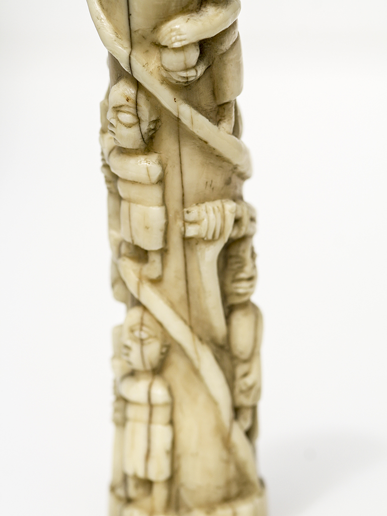 Unknown Artist African Totem Carving Scrimshaw Collector